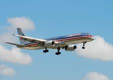 Avion de passagers d'American Airlines Photos stock
