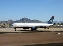 Avion de passagers d'US Airways à Phoenix, AZ Photo libre de droits