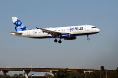 Avion de passagers de Jetblue Photos stock