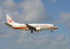 Avion de passagers de voies aériennes du Surinam Photo libre de droits