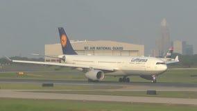 Avion de passagers de Lufthansa Airbus clips vidéos