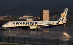 Avion Boeing 737 de Ryanair Images libres de droits