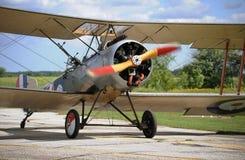 Avion de vintage dans le jour ensoleillé Image stock