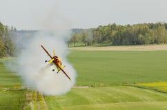 Avion de vols acrobatiques de Sukhoi Su-26 Image stock