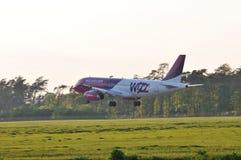 Avion de Wizzair Photographie stock