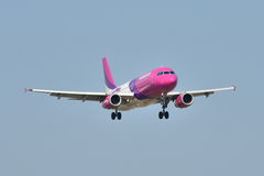 Avion de Wizzair Photos stock