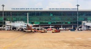 Avion en Ho Chi Minh Intenational Airport, Vietnam photographie stock