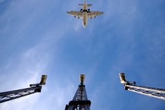 Avion et aéroport photos stock