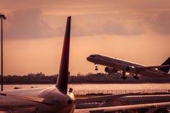 Avion et ciel Photographie stock libre de droits