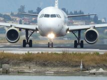 Avion et héron Photo libre de droits