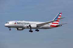Avion Los Angeles international d'American Airlines Boeing 787 Dreamliner Image libre de droits