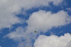 Avion vert Photos stock