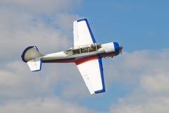 Avion Yak-52 de pilotage Image libre de droits