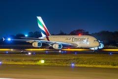 Aviones de Airbus 380 de los emiratos Imagenes de archivo
