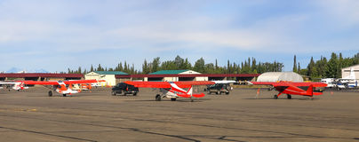 Aviones de Alaska de Bush en el aeropuerto de Soldotna Fotos de archivo libres de regalías