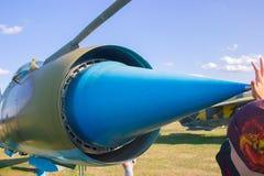Aviones de ataque militares acorazados soviéticos en el aeródromo El avión diseñó proporcionar el apoyo aéreo cercano para las tr Imagen de archivo libre de regalías