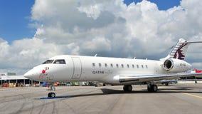 Aviones de carta globales del bombardero ejecutivo de Qatar 5000 en la exhibición en Singapur Airshow 2012 Imagen de archivo