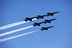 Aviones de combate americanos de los militares F-16 imagen de archivo