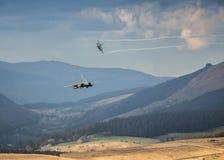 Aviones de combate entrantes Imágenes de archivo libres de regalías