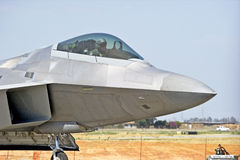 Aviones de combate tácticos del rapaz F-22 Imagenes de archivo
