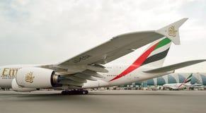 Aviones de jet en el aeropuerto de Dubai Foto de archivo libre de regalías