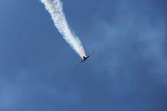 Aviones de jet en el cielo Fotos de archivo libres de regalías