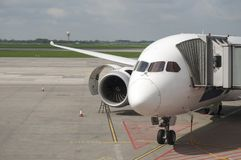 Aviones de pasajero blancos Imágenes de archivo libres de regalías