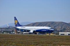Aviones de Ryanair en los colores de Dreamliner fotos de archivo libres de regalías
