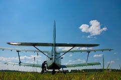 Aviones en el aeropuerto Fotografía de archivo libre de regalías