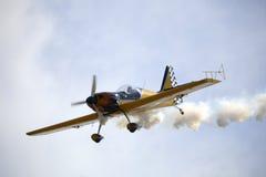 Aviones que fuman Imagenes de archivo