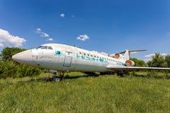Aviones rusos viejos Yak-42 Imagen de archivo libre de regalías