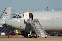 Aviones ZH101 del AWACS de la detección temprana aerotransportada del centinela de Royal Air Force RAF Boeing E-3D en la estación Fotos de archivo