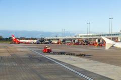 Avions à Hambourg sur le terminal 2 Photos stock