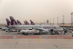 Avions à l'aéroport de Doha Photo libre de droits