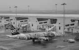 Avions à l'aéroport de KLIA, Malaisie Image libre de droits