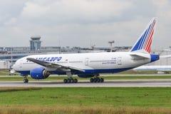 Avions à réaction de Boeing 777-200ER Photo stock