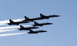 Avions à réaction volant dans la formation Photo libre de droits