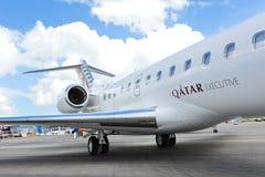 Avions affrétés globaux de bombardier exécutif du Qatar 5000 sur l'affichage à Singapour Airshow 2012 Photographie stock