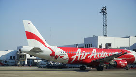 Avions civils se garant à l'aéroport de Don Muang International Photo libre de droits