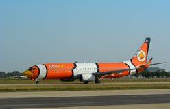 Avions civils se garant à l'aéroport de Don Muang International Photographie stock