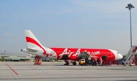 Avions civils se garant à l'aéroport de Don Muang International Photo stock
