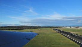 Avions décollant de l'aéroport de Melbourne Images libres de droits