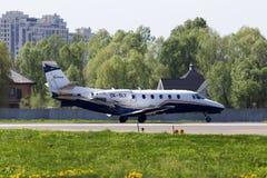 Avions d'affaires d'Excel de citation de Cessna 560XL d'air d'OK-SLX Silésie se préparant au décollage Photo stock