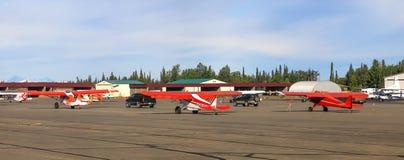 Avions d'Alaska de Bush à l'aéroport de Soldotna Photos libres de droits