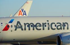 Avions d'American Airlines aa au MIA d'aéroport international de Miami Photo stock