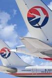 Avions d'Eastern Airlines contre un ciel bleu, Pékin, Chine Photo libre de droits