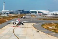 Avions dans le terminal KLIA 2, Malaisie de Kuala Lumpur International Airport Image stock