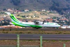 Avions de Binter Canarias chez Ténérife images libres de droits