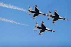 Avions de chasse de F-16 Thunderbird Photographie stock libre de droits