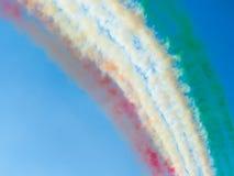 Avions de fumée de tricolori Flèches de Tirrenia, Pise, Italie, Septem Images stock